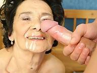 Granny loves the taste of cum